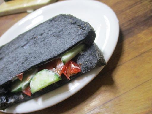 日記21年9月 炭食パンのサンドイッチ★